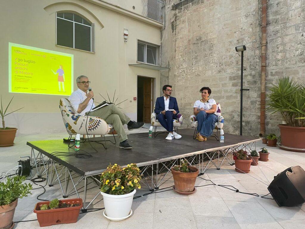 """""""Libri in Terrazza"""", presentata la riedizione di """"Palazzi antichi di Matera"""". In serata debutta """"Fringuella"""" di Michele Tursi"""
